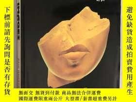 二手書博民逛書店Silent罕見Images: Women in Pharaonic Egypt (沈默的圖片:埃及法老的女性)