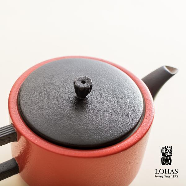 陸寶【龍啟壺茶組 】一壺四杯 紅/白 金點設計獎