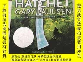 二手書博民逛書店英文原版罕見手斧男孩 (紐伯瑞獎) Hatchet.Gary P