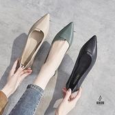粗跟皮鞋女時尚韓版百搭尖頭素色單鞋【愛物及屋】