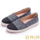 ORIN 潮流同步 特殊布料與牛皮拼接平底便鞋-灰色