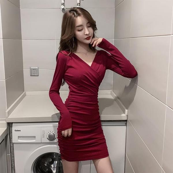 洋裝交叉V領性感洋裝收腰修身顯瘦年新款秋裝裙子女緊身包臀裙【快速出貨】