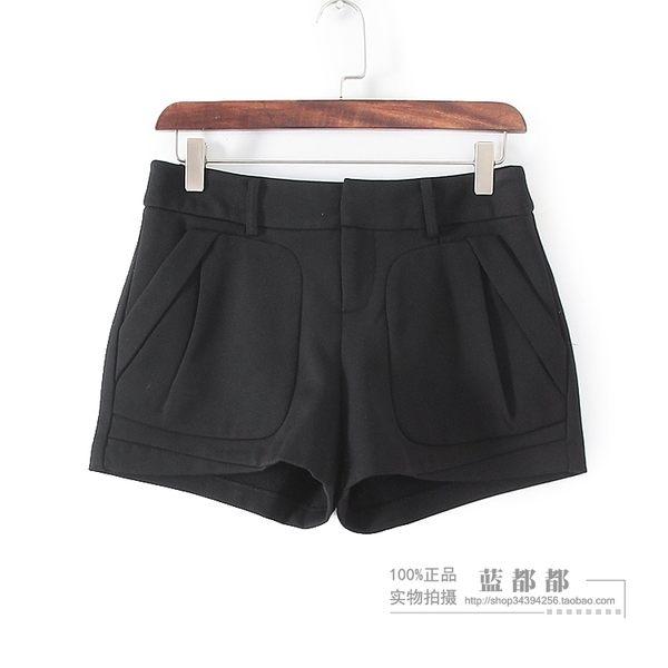 [超豐國際]谷春秋裝女裝黑色純色簡約西裝式短褲 33293(1入)