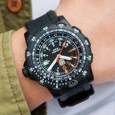 LUMINOX 雷明時 RECON 8821.KM 特殊偵察計時腕錶 45mm 熱賣中!
