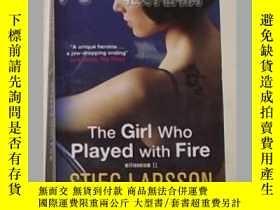 二手書博民逛書店《罕見The Girl Who Played with Fire