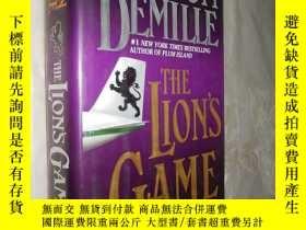 二手書博民逛書店The罕見Lion s Game by Nelson DeMil