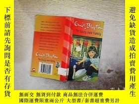 二手書博民逛書店THE罕見SAUCY JANE FAMILYY203004