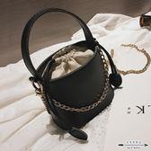 水桶包 上新迷你女潮韓版百搭斜背鏈條單肩個性時尚- 歐美韓