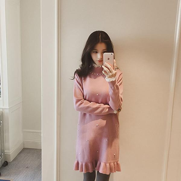 高彈蕾絲立領鑽綴拼接針織細羅紋長袖魚尾擺洋裝  (黑  粉紅)二色售 11652019