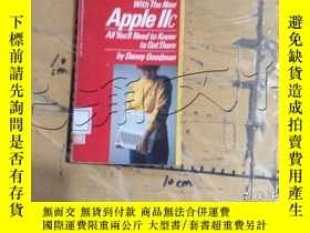 二手書博民逛書店Going罕見Places with the New Apple
