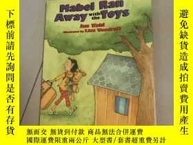 二手書博民逛書店Mabel罕見Ran Away With the ToysY13