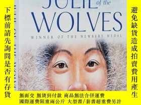 二手書博民逛書店英文原版罕見Julie of the Wolves 狼羣中的朱莉