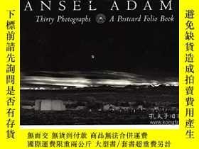 二手書博民逛書店Thirty罕見Photographs: A Postcard