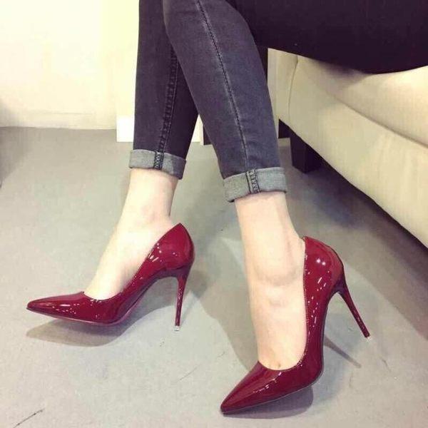 新款高跟鞋尖頭黑色工作鞋中跟女鞋裸色細跟淺口單鞋伴娘紅色婚鞋  卡布奇诺