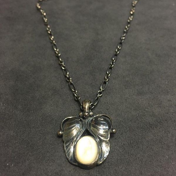 喬治傑生(GEORG JENSEN)-1994~2014經典復刻年度項鍊-珍珠母貝