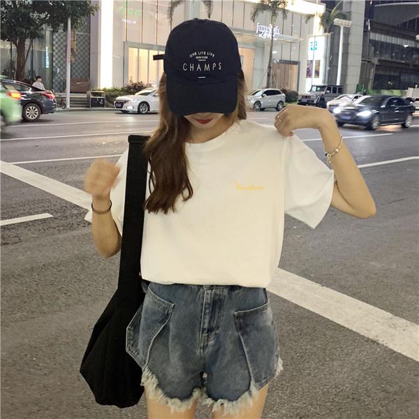 EASON SHOP(GW6608)韓版風景圖像印花薄款長版圓領短袖T恤裙女上衣服落肩寬鬆內搭衫顯瘦素色棉T粉白