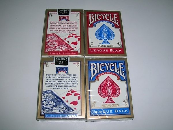 【USPCC撲克館】撲克牌BICYCLE 808 LEAGUE BACK,共紅、藍二色 可任選,牌盒小壓不傷牌