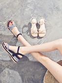 露趾一字扣涼鞋女學生夏新款百搭韓版小清新高跟鞋坡跟鞋子女 名稱家居館