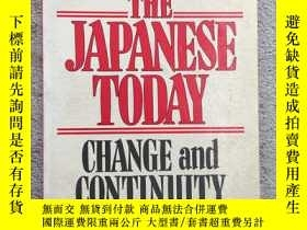二手書博民逛書店The罕見Japanese Today: Change and