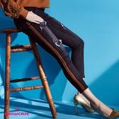 【SHOWCASE】韓版鬆緊中腰綁結顯瘦吊飾窄管七分牛仔褲(黑)