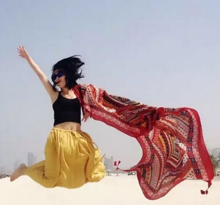 [協貿國際]  女士夏季尼泊爾風情圍巾棉麻超大防曬海邊披肩 (1入)
