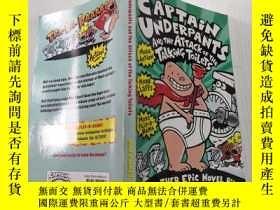 二手書博民逛書店Captain罕見Underpants and the Attack of the Talking Toilets