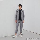 【GIORDANO】男裝3M抗汙透氣素色抽繩運動束口褲-06 銀絲灰