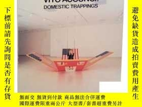 二手書博民逛書店【罕見】Vito Acconci: Domestic Trappings, 1988年出版Y171274 AC