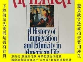 二手書博民逛書店Coming罕見to America: History of I