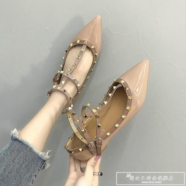 溫柔風鞋子復古百搭單鞋春季2019新款韓版低跟尖頭鉚釘平底仙女鞋『韓女王』