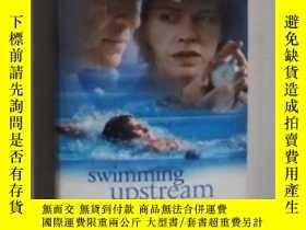 二手書博民逛書店英文原版罕見Swimming Upstream by Antho
