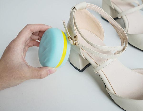 Qmishop 馬卡龍雙面鞋擦 鞋蠟 擦鞋工具【J821】