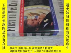 二手書博民逛書店英文原版罕見First in His Class: A Biography Of Bill ClintonY7
