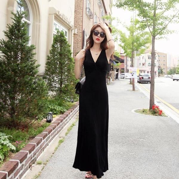 夏季無袖莫代爾打底連衣裙女修身收腰顯瘦吊帶背心長裙V領小黑裙