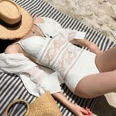 泳衣 韓國白色性感蕾絲吊帶遮肚連體泳衣女大小胸聚攏比基尼 巴黎春天