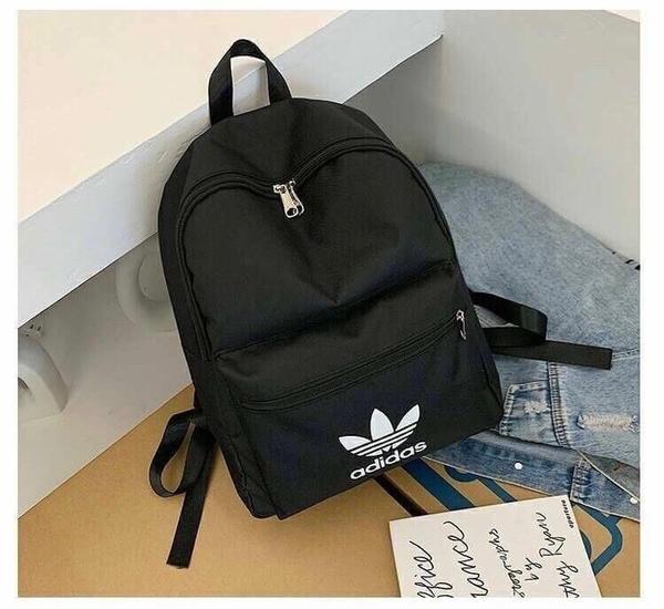 Adidas 愛迪達 三葉草 後背包 大容量 登山 旅遊 必備 非 側背包 腰包 胸包 手拿包