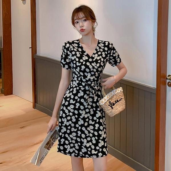 短袖洋裝 時尚V領小雛菊雪紡洋裝女夏2020新款碎花裙收腰顯瘦 氣質輕熟風 果果生活館