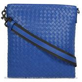茱麗葉精品 全新精品 BOTTEGA VENETA 276357 經典手工編織小羊皮中性斜背扁包.寶藍