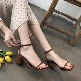新品秒殺高跟涼鞋2019夏季新款歐美一字帶扣粗跟涼鞋女黑色高跟鞋百搭清新露趾女鞋