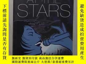二手書博民逛書店英文原版《罕見Shouting At The Stars 》 D
