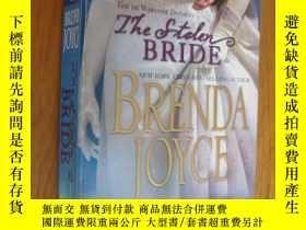 二手書博民逛書店The罕見stolen bride (Historical Ro