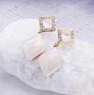 韓國金蔥方型垂貝殼垂耳耳環~夏綠蒂 di...