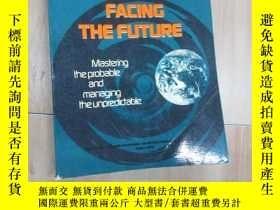 二手書博民逛書店英文書:FACING罕見THE FUTURE 共425頁 16開 詳見圖片Y15969