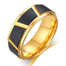 《 QBOX 》FASHION 飾品【RTCR-088】精緻個性歐美幾何形設計間金黑鎢鋼戒指/戒環