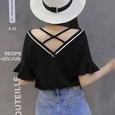 露背上衣-夏季短袖t恤女潮韓版2021新款心機小眾設計感漏肩露背性感上衣