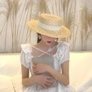 熱賣平頂帽子女夏季草帽度假麥稈編織海邊沙灘帽網紅防曬遮陽英倫禮帽 coco