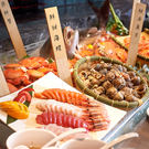1.亞洲料理、日式料理、西式料理 2.麵食、甜點、新鮮水果、多款飲品 3.任您品嚐無國界料理