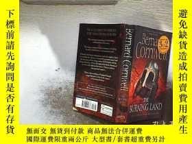 二手書博民逛書店ERNARD罕見CORNWELL THE BURNING LAND 伯納德·康威爾《燃燒的土地》Y261116