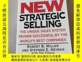 二手書博民逛書店THE罕見NEW STRATEGIC SELLING:新的戰略銷售Y212829