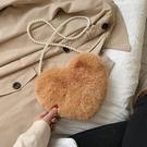毛毛包包女2020秋冬新款百搭時尚單肩斜挎包心形毛絨珍珠手拿包小【免運】